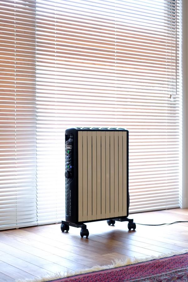 リビング の 暖房は デロンギ の マルチダイナミックヒーター のみ